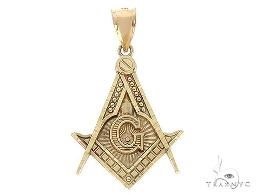 10K Yellow Gold Square and Compasses Masonic Instruments Charm Pendant 61782 Metal