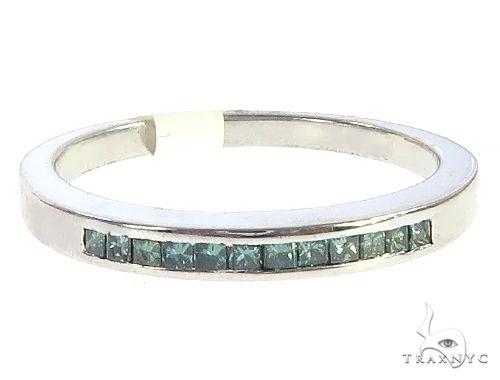 Silver One Row Princess Cut Ring 65533 Metal