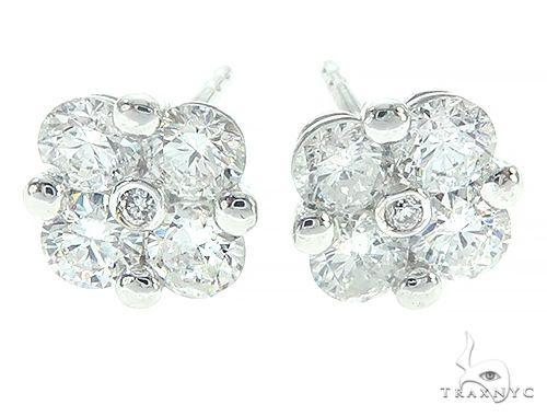 14K White Gold Diamond Flower Earrings 65692 Stone