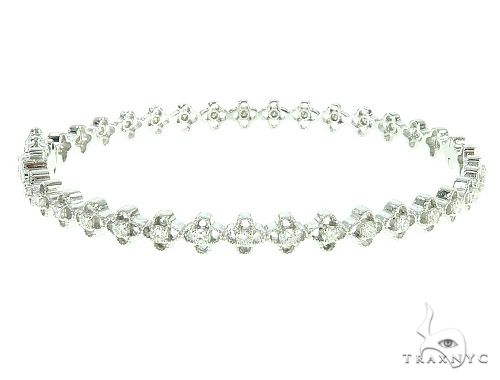 14K White Gold Diamond Flower Link Bangle 65754 Diamond