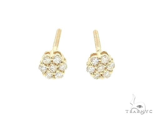 14K Yellow or White Gold Small Diamond Flower Stud Earrings 65956 Stone