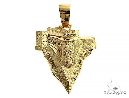 Custom Made 18K Gold Citadelle From Haiti Pendant Metal