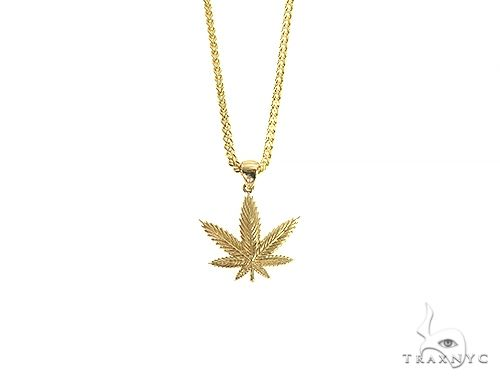 14K Gold Weed Pendant Set Metal