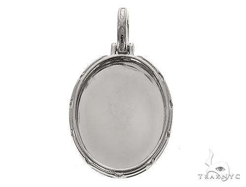 .925 Silver Oval Special Edition Photo Pendant Engraved Frame 66650 Metal