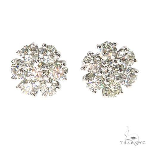 14K Gold 15 Pointer Diamond Flower Earrings 67000 Stone