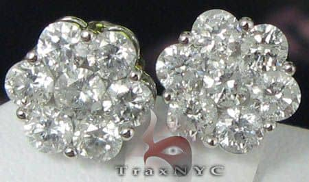 Round Cut XLE Cluster Studs Stone
