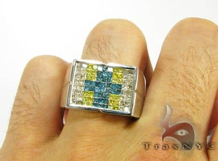 Cross Pattern Ring Stone