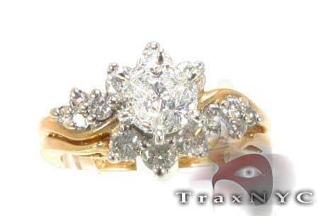 Ladies Spring Ring Engagement