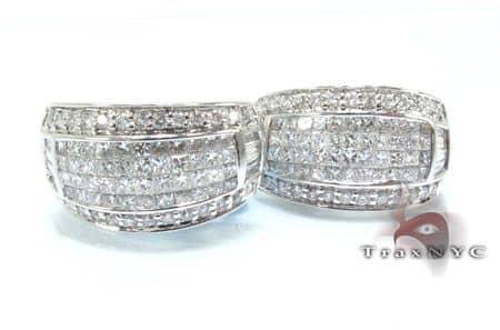 Ladies Bowl Diamond Earrings Stone