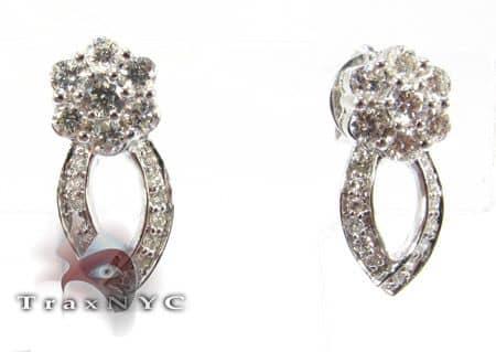 Geraniums Earrings Stone