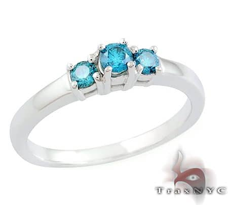 Ladies Blue Treasure Ring  Anniversary/Fashion