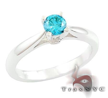 Ladies Blue Solitaire Ring 2 Anniversary/Fashion