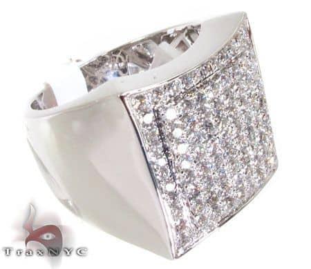 WG Men's Modern Ring 3 Stone