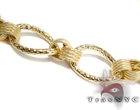 Golden Link Necklace Gold