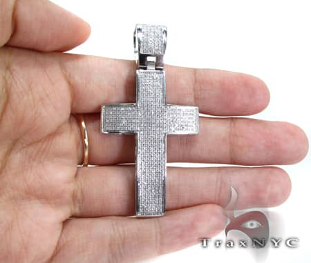 Lucius Cross Crucifix Diamond