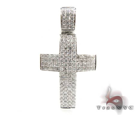 Milano Cross Crucifix 3 Diamond