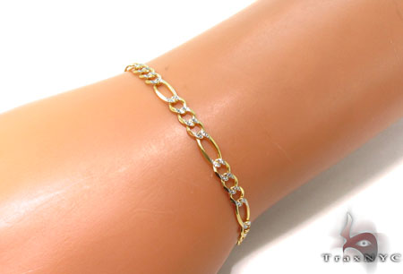 10K Gold Figaro Diamond Cut Bracelet 33236 Gold