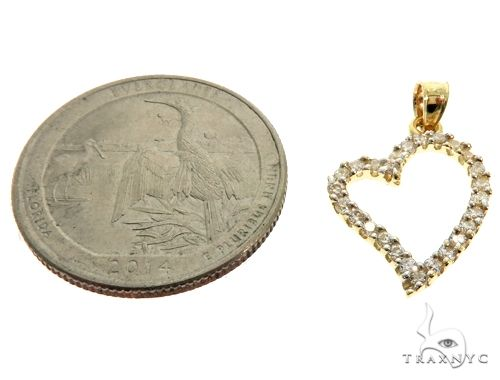 10K Yellow Gold CZ Heart Charm Pendant 61505 Metal