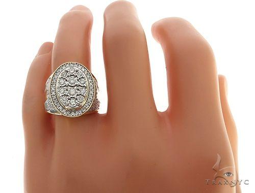 10K Yellow Gold Illusion Cluster Diamond Ring 65243 Stone