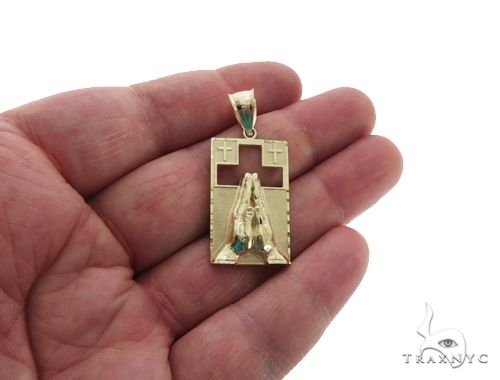 10K Yellow Gold Praying Hands Square Charm Pendant 61780 Metal