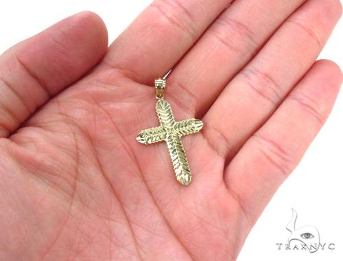 10k Gold Cross Crucifix 34859 Gold