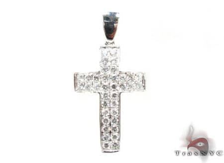 Adria Cross Diamond
