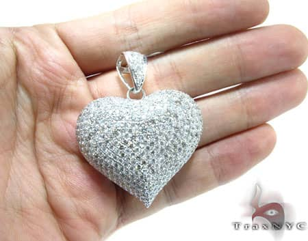 Iced Heart Pendant 3 Stone