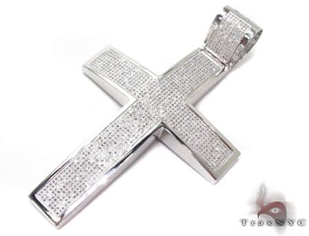 XL Pave 14K Cross Diamond