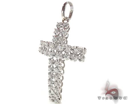 Toni Cross Crucifix Diamond