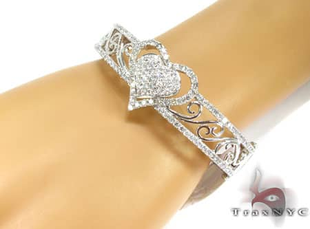 WG Flowers & Hearts Bracelet Diamond
