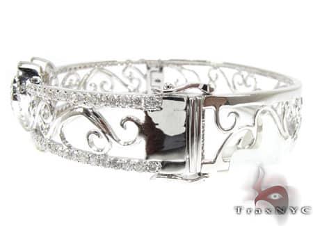 WG Flowers & Hearts Bracelet Diamond