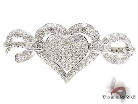 Zoey Heart Bangle Bracelet Diamond