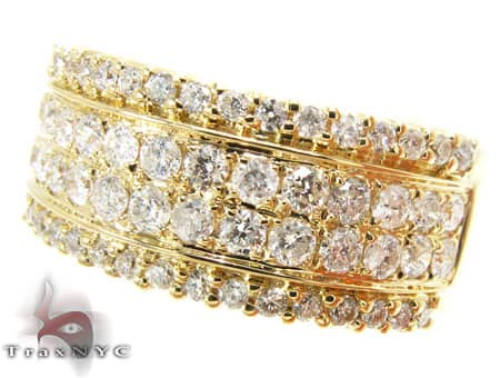 YG Ladies Icicle Ring Wedding