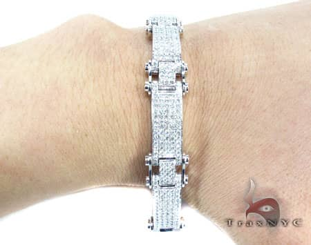 WG Pave Scroll Bracelet Diamond