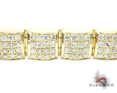 Diamond Emblem Bracelet 2 Diamond