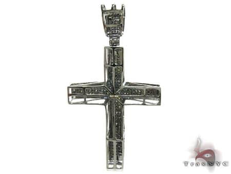 Gothic Black Diamond Junior Cross 2 Diamond