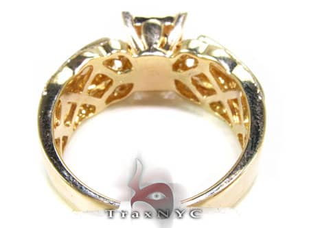 YG Magnitude Ring Engagement