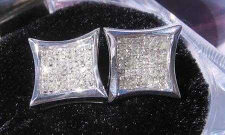 SQ2 Earrings Stone