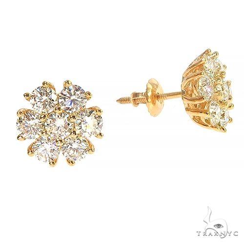14K Gold 16 Pointer Diamond Flower Earrings 66908 Stone