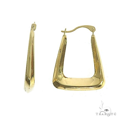 14K Gold Earrings 66564 Metal