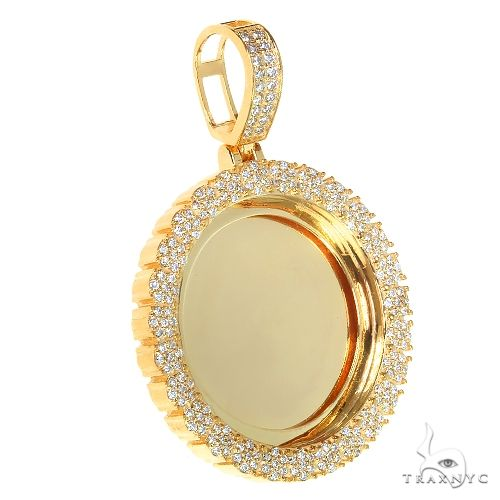 14K Gold Flower Frame Diamond Photo Pendant 66880 Style