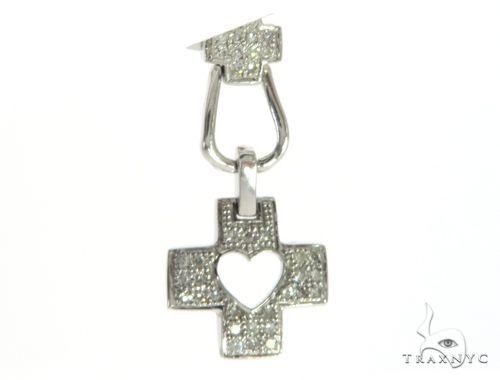 14K White Gold Diamond Cross Crucifix Pendant. 63403 Stone