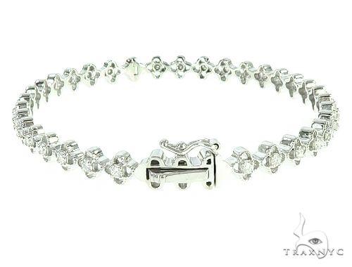 14K White Gold Diamond Flower Link Bangle 65754 Diamond