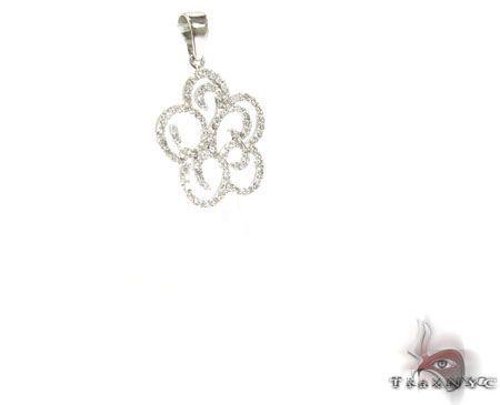 14K White Gold Diamond Flower Pendant. 63220 Stone