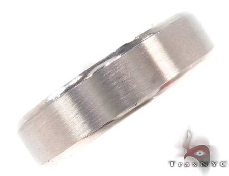 14K White Gold Wedding Band 33684 Style