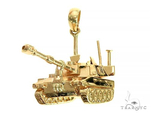 14K Yellow Gold Battle Tank Pendant 66026 Metal