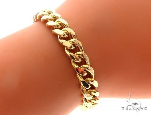 14K Yellow Gold Cuban Link Bracelet With Heart Charm And Toggle Clasp 65650 Gold