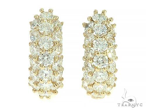 14K Yellow Gold Diamond Small Hoop Earring 65771 Style