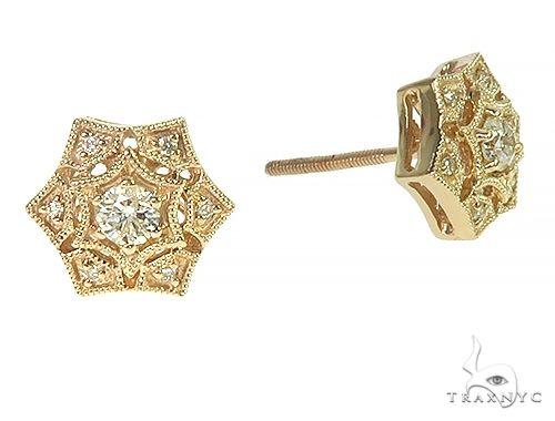 14K Yellow Gold Vintage Diamond Stud Earrings 66190 Stone