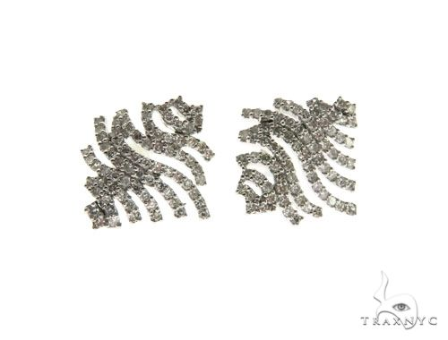 14K White Gold Prong Diamond Wavelines Stud Earring 62580 Stone